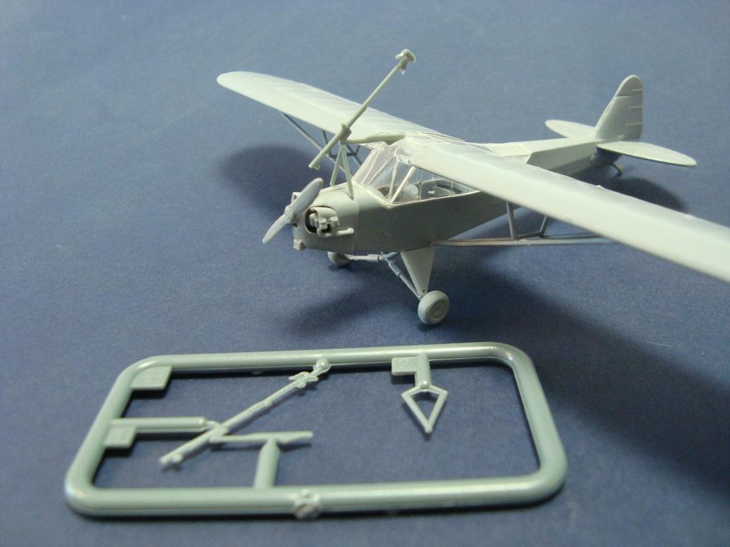 L-4 s Bazookami a verze s Brodie systémem-  další připravované specialitky od KP