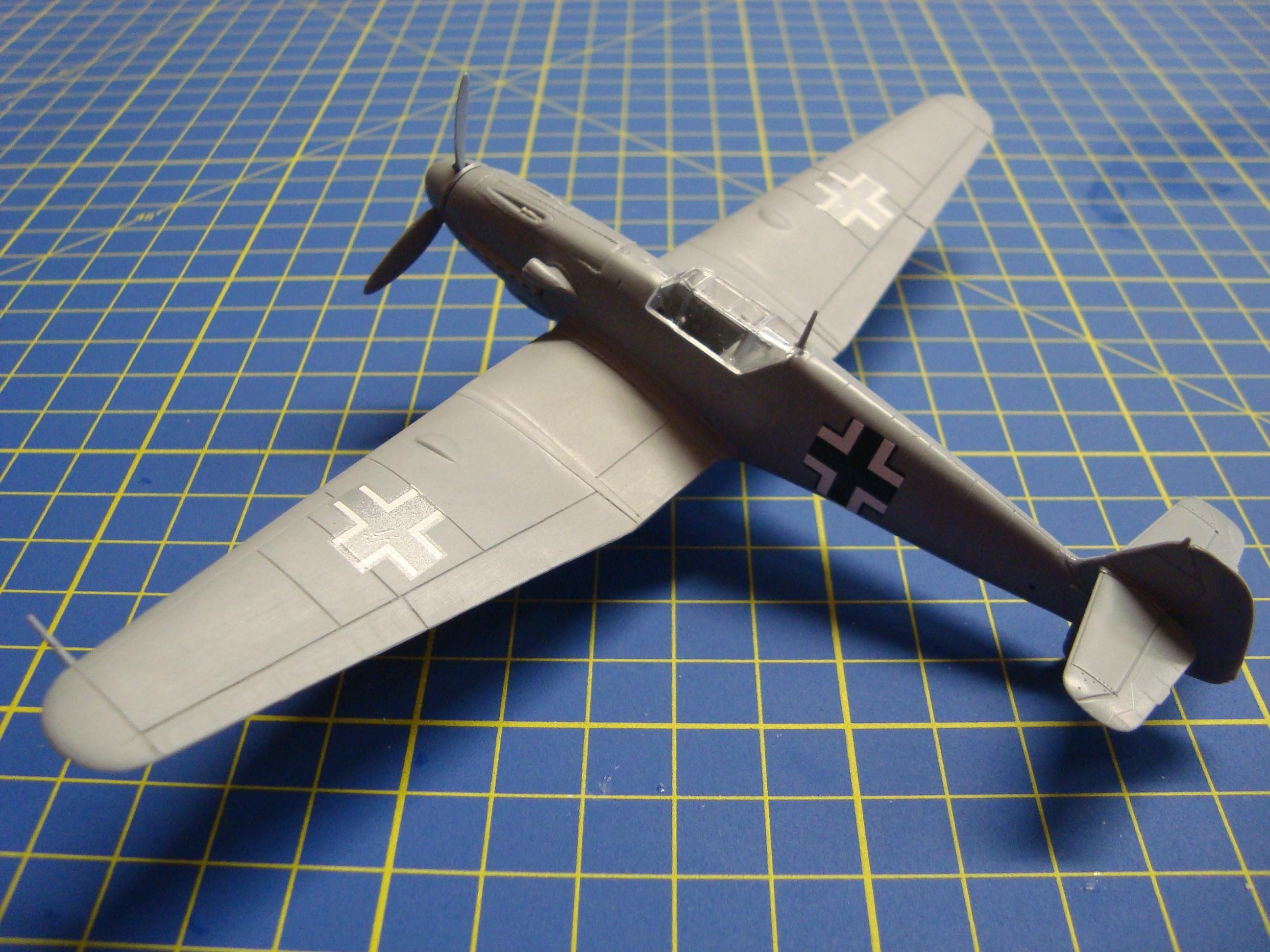 MESSERSCHMITT BF 109H-0, AZ MODEL 1/72, testovací stavba