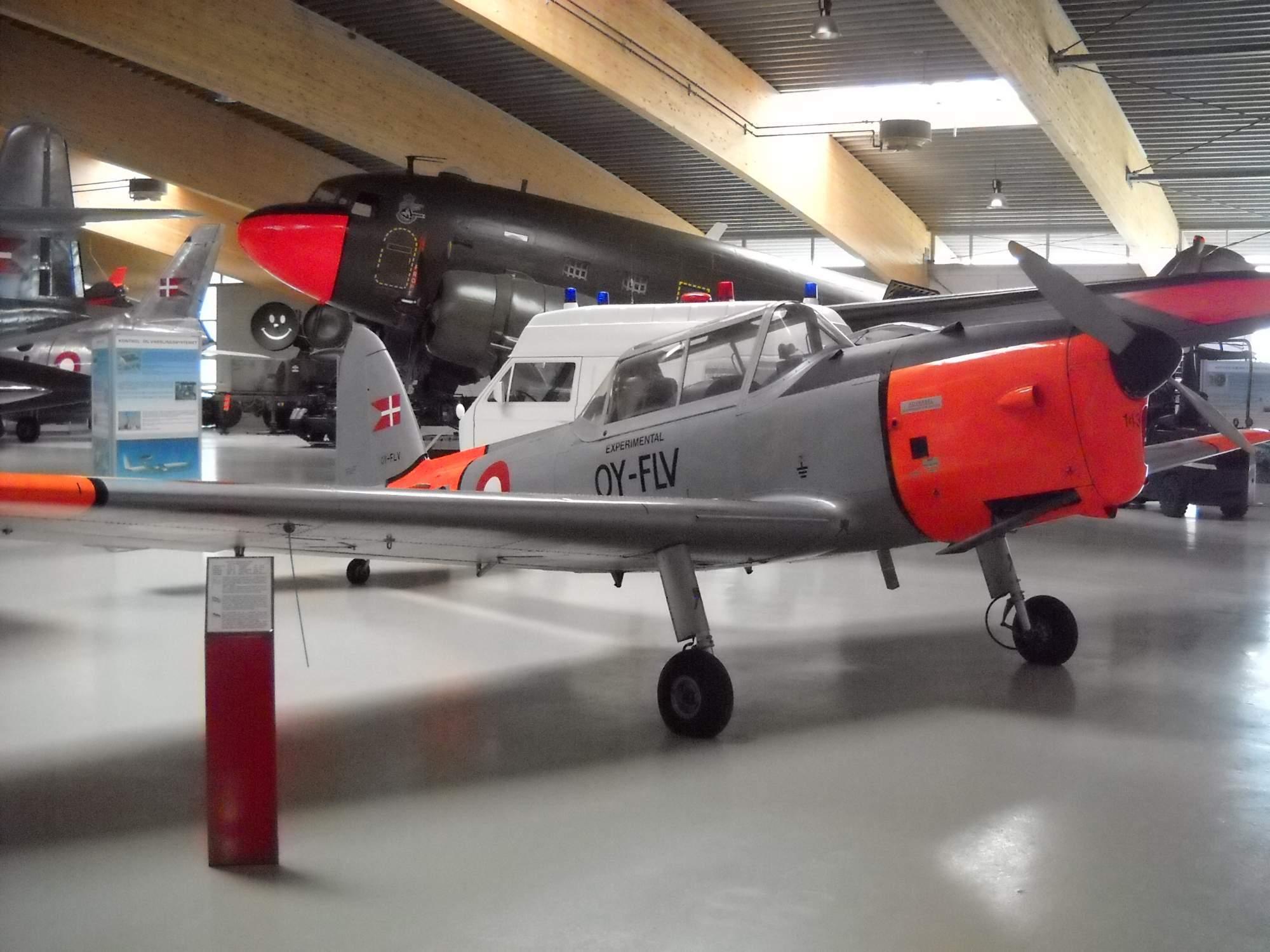 DHC-1 CHIPMUNK WALKAROUND