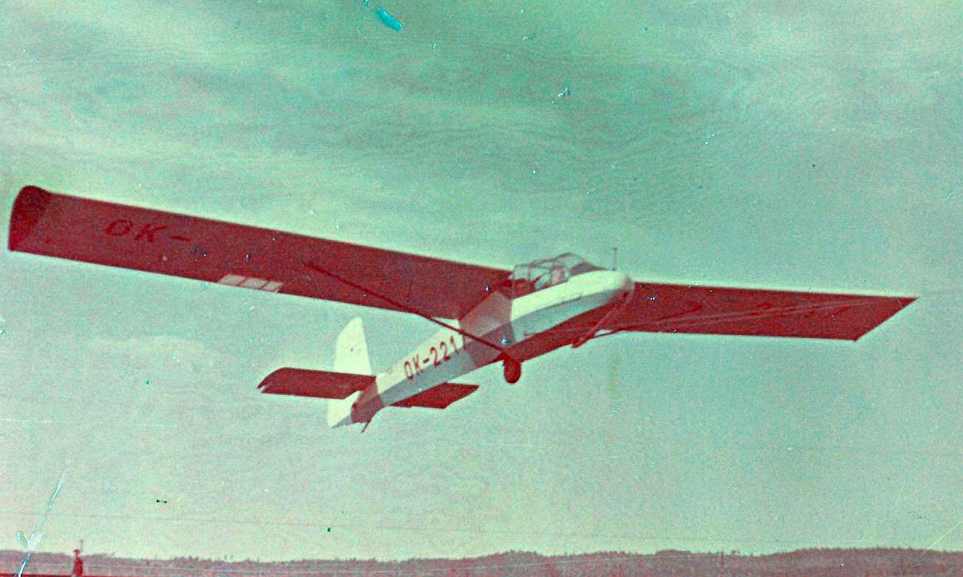 LF-109 PIONÝR – FOTOALBUM