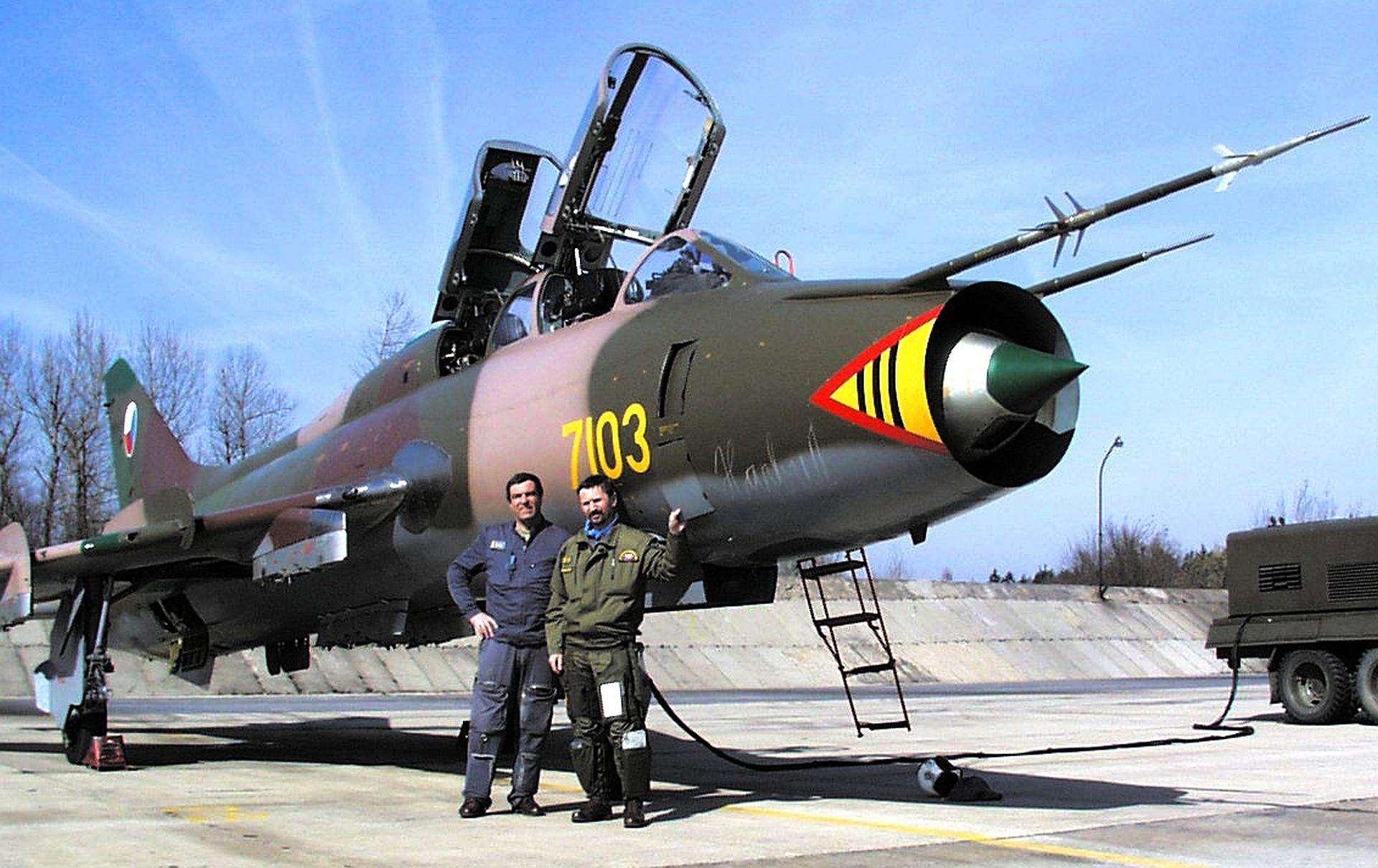 POSLEDNÍ LET SUCHOJE SU-22UM3K 7103 V LETECTVU AČR