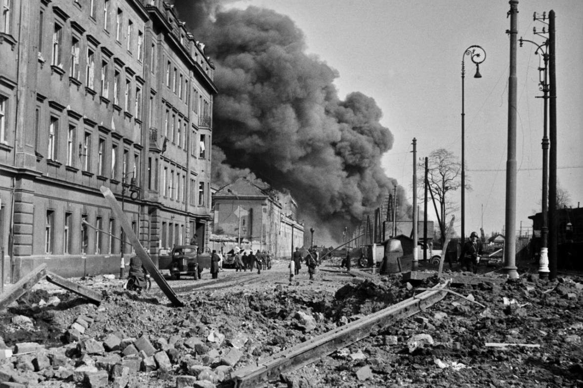 NÁLET NA PRAHU 14. 2. 1945