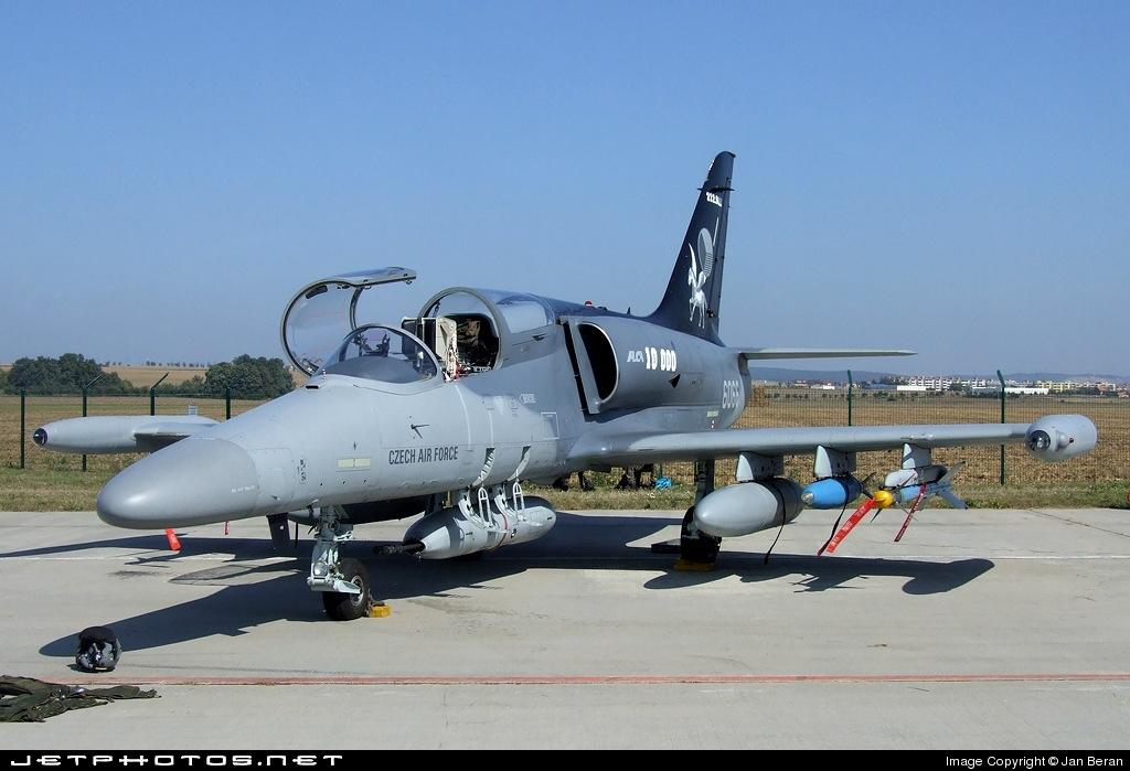 AERO L-159 ALCA, 1/144 MINIWING, NÁHLED DO KRABIČKY