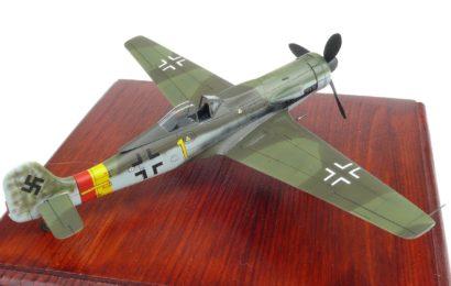 Focke Wulf Ta-152H-1 1/72 Aoshima – od Honzy Pavlíka